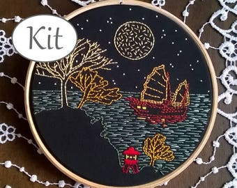 Modern embroidery kit - hand embroidery kit - needlepoint pattern -  beginner craft kit- boat pattern  - sea pattern - hoop art - travel