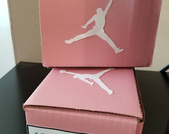 Shoe box party favors