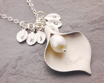 Mother of the Bride Gift, 1-16 kids, mother of the groom, calla lily pendant, lily necklace, family necklace, mothers day gifts, N6