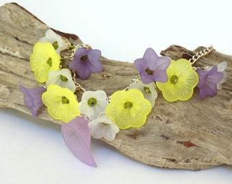 Bracelets for Women Charm Bracelet Gift for Women Flower Bracelet Chain Bracelet Gift for Her Crystal Bracelet Simple Bracelet for a Gift
