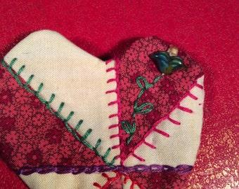 Stylish pin wheel heart pin brooch