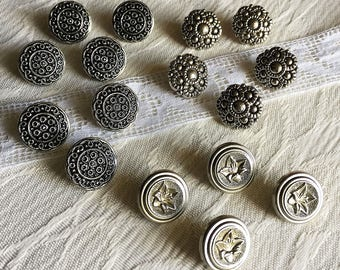Silver buttons 15 mm metal and look metal-assorted 17 buttons 15 mm vintage silver shank.