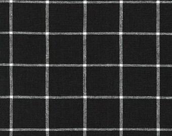 Robert Kaufman Essex Yarn Dyed Linen/Cotton Classic Window Pane in Black - Half Yard