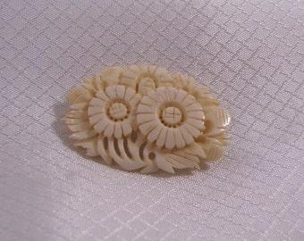 Vintage Carved Aster, Carved Flower Brooch, Carved Bone Brooch
