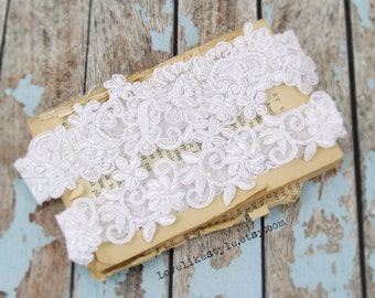 White Pearl Beaded Lace Wedding Garter Set , white Lace Garter Set, Toss Garter , Keepsake Garter  / GT-44