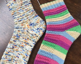 Macaron Socks (pattern)