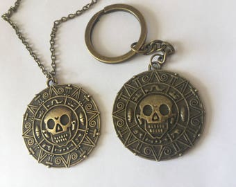 Pirates of the Caribbean - potc - Necklace and Keyring Set - FIRST CLASS FREE