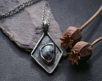 Dendritic Agate rhombus pendant in sterling silver dendrite