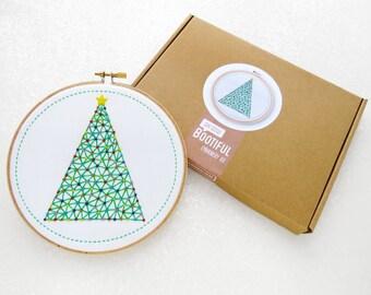 Xmas Embroidery Kit, Christmas Decoration Kit, Christmas Tree Hoop Art, Stocking Stuffer, Gift For Her, Craft Kit for Adults, Hoop Art Kit.