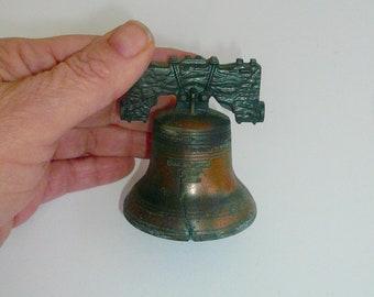Liberty métal de cloche cloche cloche Decorative réplique collection clochette par VintageStudioSupply
