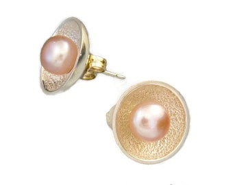 Peach Pink Pearl Blossom Post Earrings in Sterling Silver *FREE SHIPPING*