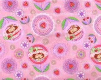 Strawberry Shortcake Flowers Medallions on Pink