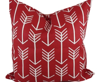 Red pillow cover, Valentine pillow, Decorative pillow, Red throw pillow, Arrow pillow, Lumbar pillow, 12x16, 12x20, 16x16, 18x18, 20x20