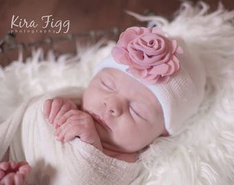 Girl hospital hat, hospital hat with flower, mauve baby girl hat, newborn hospital hat, newborn hospital cap, pink baby hat