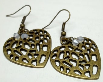 white swaroskie crystal Antiqued brass heart earrings,antique brass earrings,white swaroskie earrings,antique brass earrings