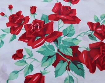 "Vintage Wilendur American Beauty Rose Square Tea Tablecloth 33"" x 35"""
