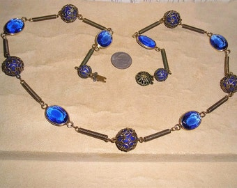 Vintage Czechoslovakia Necklace With Blue Bezel Set Glass 1950's Unsigned Jewelry A48
