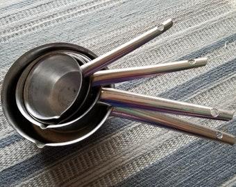Vintage Foley Aluminum Measuring Cups with Pour Spouts / Baking Items / Retro Kitchen Utensils / Nesting Cups / 1950s Kitchenware