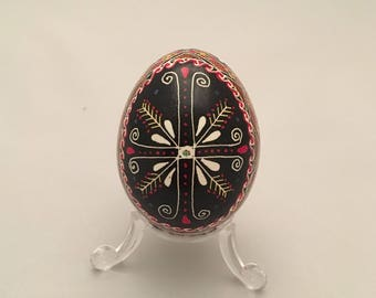 Simple Cross Pysanka
