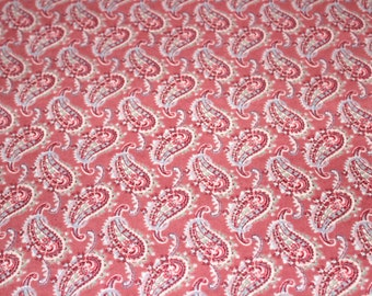 45 X 75 Rose Pink Paisley Print Cotton Flannel Fabric Remnant