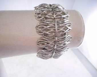 Vintage Coro Bracelet Silver Tone 7 Inches Long
