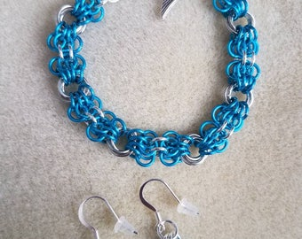 Pacific Blue & Silver Chainmaille Bracelet (40% off sale)