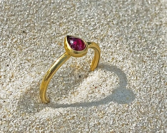 PHILIPPE SPENCER .65 ct Ruby & 20K Gold Hand-Forged Solitaire Ring with 22K Gold Bezel