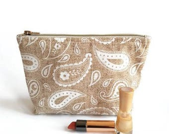 Makeup pouch with paisley pattern, beige bag, zippered make up bag, storage bag, big pouch, beige make up bag, storage bag, makeup pouch.