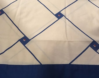 Pair of Vintage 1980's Blue Red and White Cannon Monticello Pillowcases