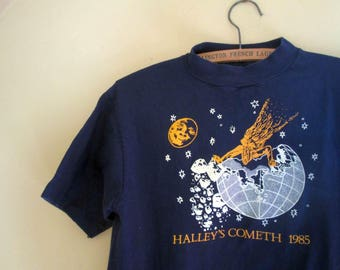 Vintage Halley's Comet Tshirt Full Moon Night sky Space Bright stars Navy Blue 80s Vintage cotton T shirt Cosmos  tshirt  M