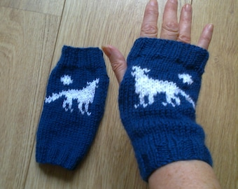 Wrist warmers -  wolf and moon - howling wolf dog - fingerless gloves
