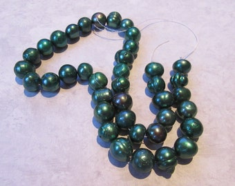 "Freshwater Pearls  dark green Potato 1 Strand (16"")"