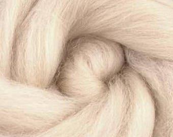 Corriedale Wool Roving in Flesh - 2 oz