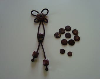 Wood purse with button clasp and wood beads - bag to make yourself DIY