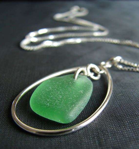 Sea Keeper sea glass necklace in kelly green