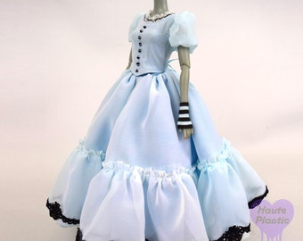 Do Not Purchase see announcementDisney DOLL Alice in Wonderland outfit