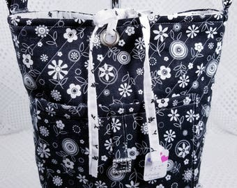 Quilted Purse, Quilted Bag, Quilted Purse Handbag, Cotton Fabric Handbag, Homemade Purse, Homemade Quilted Purse, Black & White Purse