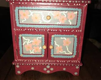 Beautiful Hand Painted Jewelry Box