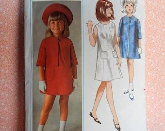 Vintage Butterick Sewing Pattern #3811, girls size 6