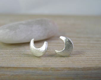 Crescent Moon Earrings. Sterling silver crescent moon stud earrings. Celestial jewelry. Minimal modern moon studs