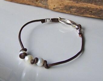 Freshwater Pearl Bracelet, Leather and Pearl Bracelet, Sundance Inspired, Bridesmaid Gift, Affordable, Etsy, Etsy Jewelry, Beaded Bracelet