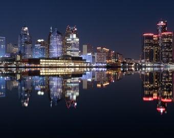 Lustre Print: Detroit Skyline From Windsor, Canada