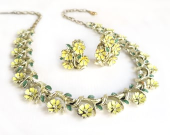 Vintage Flower Necklace Floral Necklace Earrings Yellow Pastel Rhinestone Flowers Silver Toned Choker Mid Century Primrose Jewelry Set