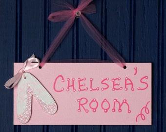 Ballet Room Sign, Personalized Pink w/Ballet Cutout. Girl's Room Sign. Kid's Door Plaque. Girl's Room Decor. Girl's Name Sign. Door Sign.