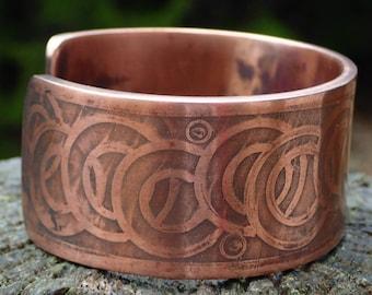 Copper cuff bracelet acid etched. Large.