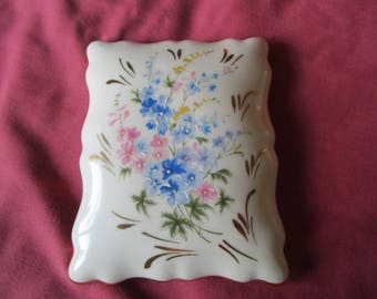 Vintage French Large Limoges Porcelain Trinket Box Dressing Table Bouquet of Flowers Fluted Edge