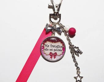 "Keychain-sister jewelry sister gift sister, ""my sister she is awesome"""
