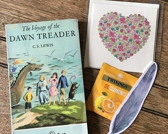 Date With A Vintage Book: Voyage of The Dawn Treader- C.S. Lewis | Book Lover Gift | Unique | Gift Set | Bibliophile |Bookish |Handmade Card