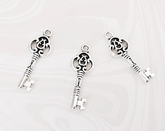 5 Key Charms, Silver Key Charms, Vintage Key, Skeleton Key Charms, 29mm x 10mm, SP032