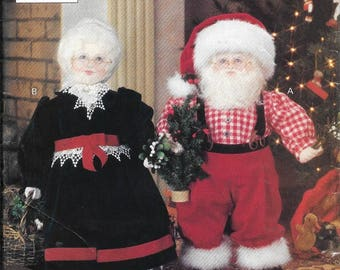 Vogue 8434 Mr & Mrs Santa Claus Christmas Doll And Clothes Sewing Pattern By Linda Carr UNCUT